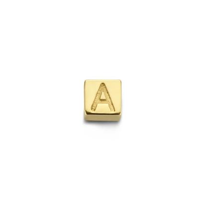 Isabel Bernard Le Carré Felie 14 Karaat Gouden Initial Bedel Kubus IB350043 (Letter A-Z)